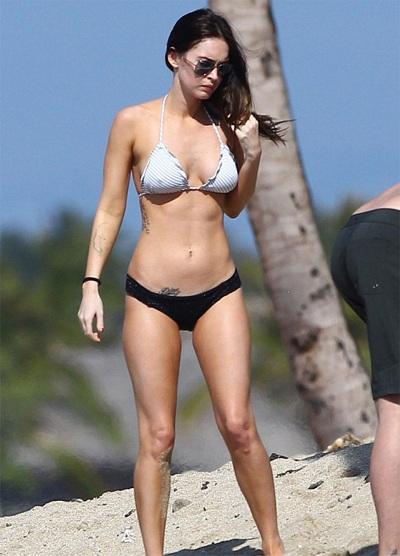 Megan Fox khoe dáng và... hình xăm tại Hawaii  - 1