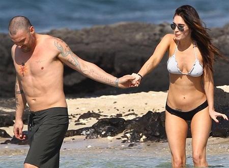 Megan Fox khoe dáng và... hình xăm tại Hawaii  - 3