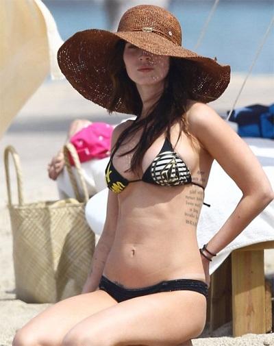 Megan Fox khoe dáng và... hình xăm tại Hawaii  - 7