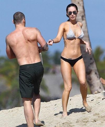 Megan Fox khoe dáng và... hình xăm tại Hawaii  - 9