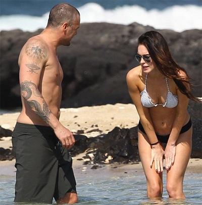 Megan Fox khoe dáng và... hình xăm tại Hawaii  - 10