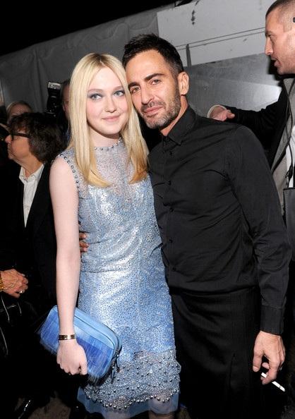 NTK Marc Jacobs: Ngày thay hai bộ váy!