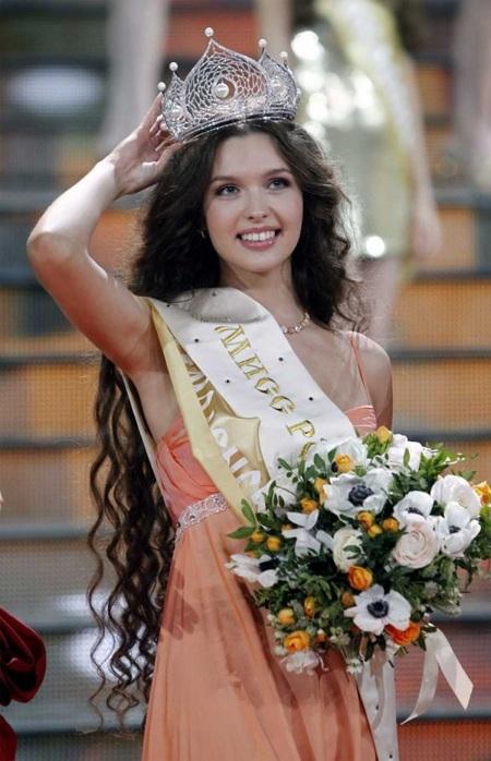 Dung nhan kiều diễm của tân Hoa hậu Nga