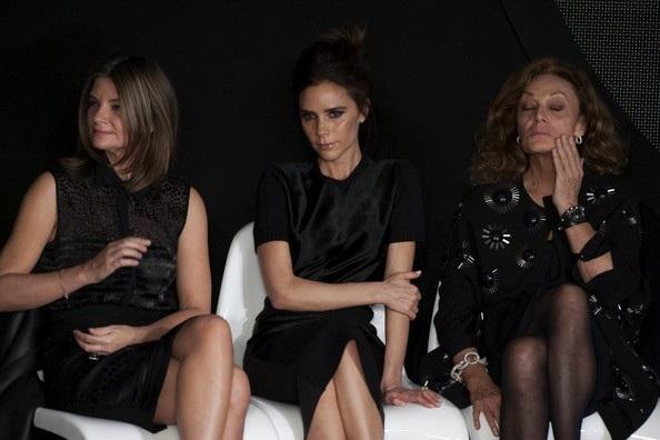 Cựu thành viên nhóm Spice Girls thu hút sự chú ý đặc biệt khi xuất hiện