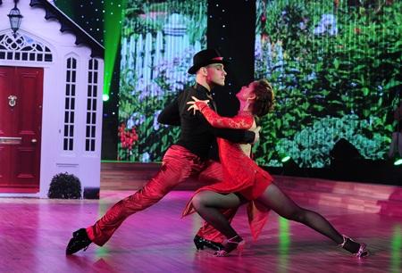 Ngọc Quyên và Ngô Kiến Huy là cặp đôi hoàn hảo của Bước nhảy hoàn vũ