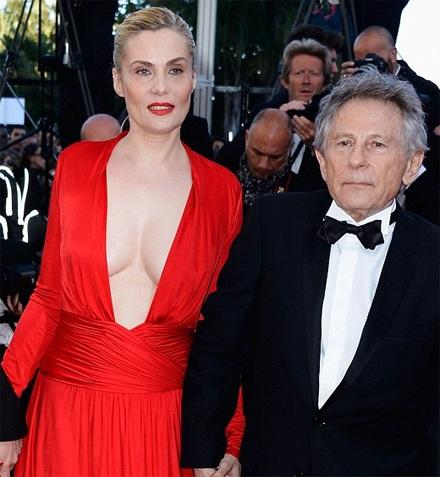Nữ diễn viên 46 tuổi diện váy hở nội y trên thảm đỏ LHP Cannes