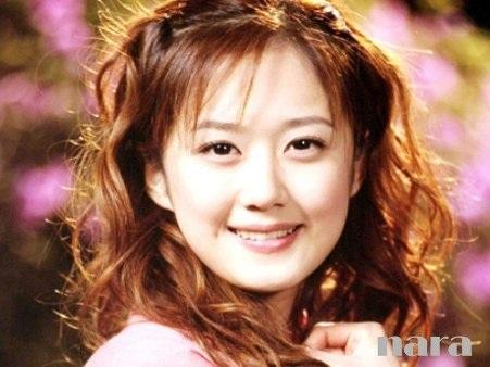 Jang Na-ra vẫn luôn trẻ trung dù đã bước sang tuổi 32