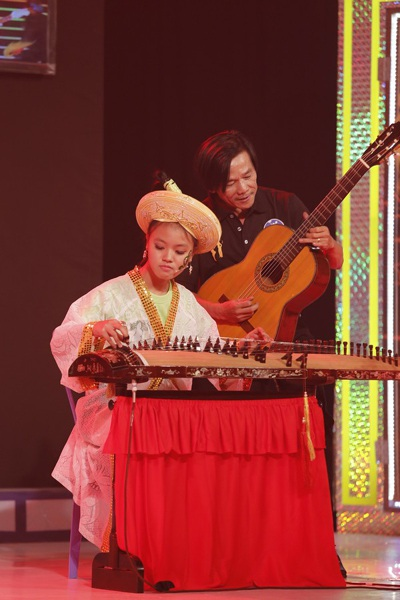 Gia đình nông dân miền Trung mê hát