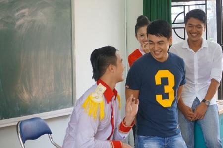 Quang Tuấn làm lớp trưởng, Ngọc Thuận hóa thân thành giám thị