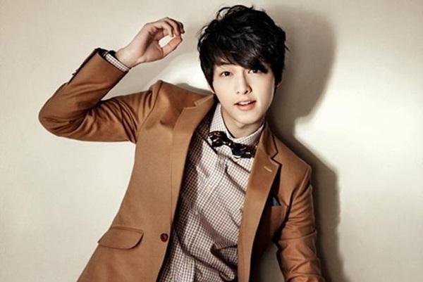 Song Joong Ki sẽ chính thức nói lời tạm biệt người hâm mộ vào cuối tháng 8 để gia nhập quân đội