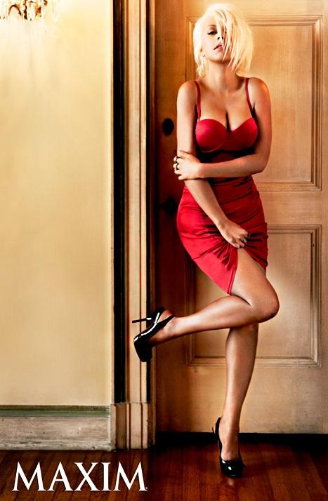 Ngạc nhiên với hình ảnh gợi cảm của Christina Aguilera