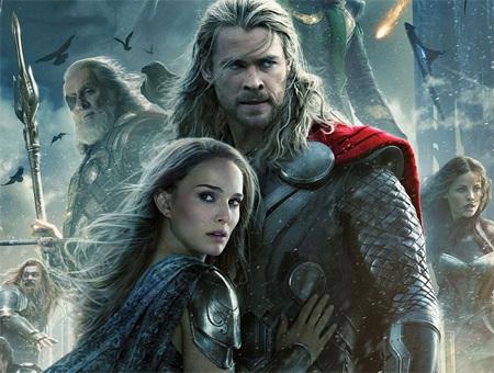 Chris Hemsworth và Natalie Portman trong phim Thor phần 2