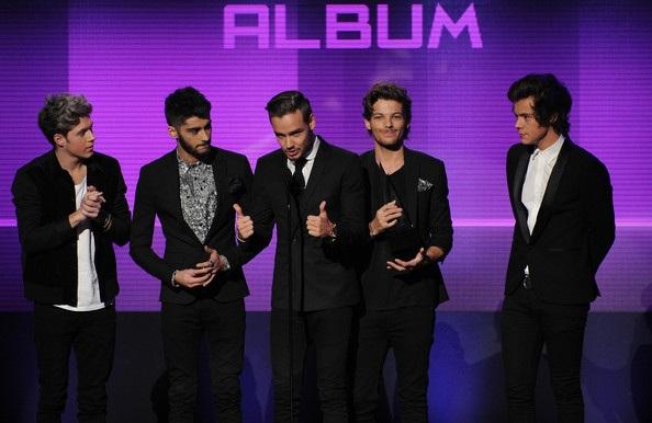 One Direction cũng nhận giải Album Pop/Rock được yêu thích nhất