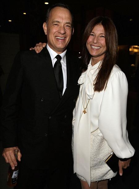Tom Hanks luôn giữ nụ cười trên môi
