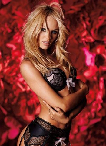 Người mẫu 26 tuổi đẹp tới từng centimet.