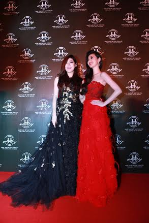 Á hậu Tú Anh và người đẹp Khánh My là khách VIP trong sự kiện này