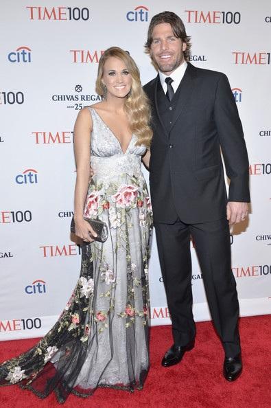 Ngôi sao xinh đẹp sánh đôi cùng chồng Mike Fisher tới dự tiệc tại trung tâm Lincoln ở New York