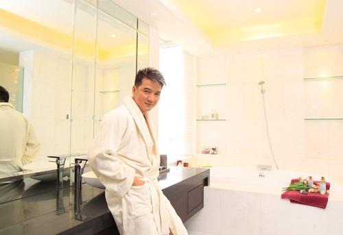2 căn hộ Đàm Vĩnh Hưng chọn nằm ở dự án Galaxy 9, quận 4, TP HCM với mức đầu tư khoảng 1,5 tỷ đồng.