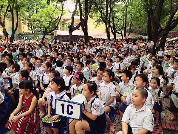 Lễ bế giảng năm học 2013-2014 của trường tiểu học Trung Tự