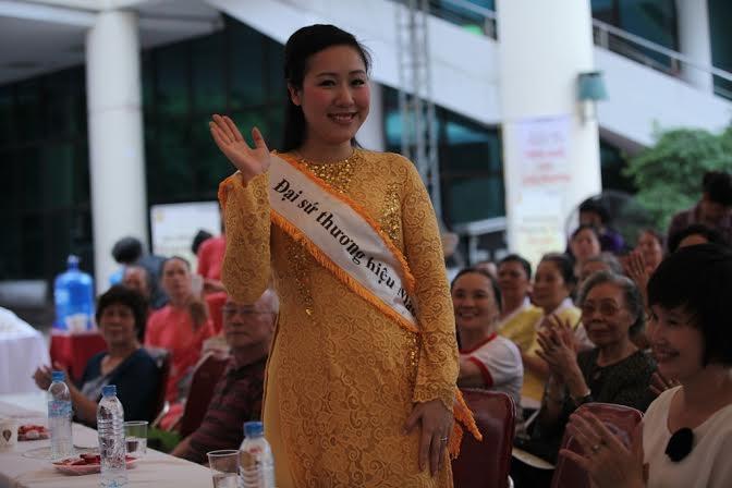"""Tại triển lãm, hơn 500 người cao tuổi Hà Nội đã đến tham dự Hội thảo """"Dinh dưỡng cho"""