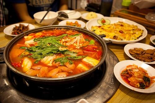 Nhiều món ăn Hàn quốc được thực khách VN yêu thích