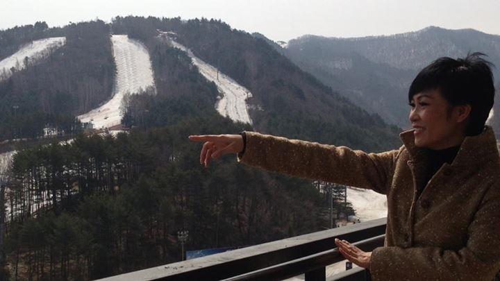 Đến Hàn Quốc vào những ngày tuyết rơi, Phương Thanh khá thích thú với tiết trời ở đây.