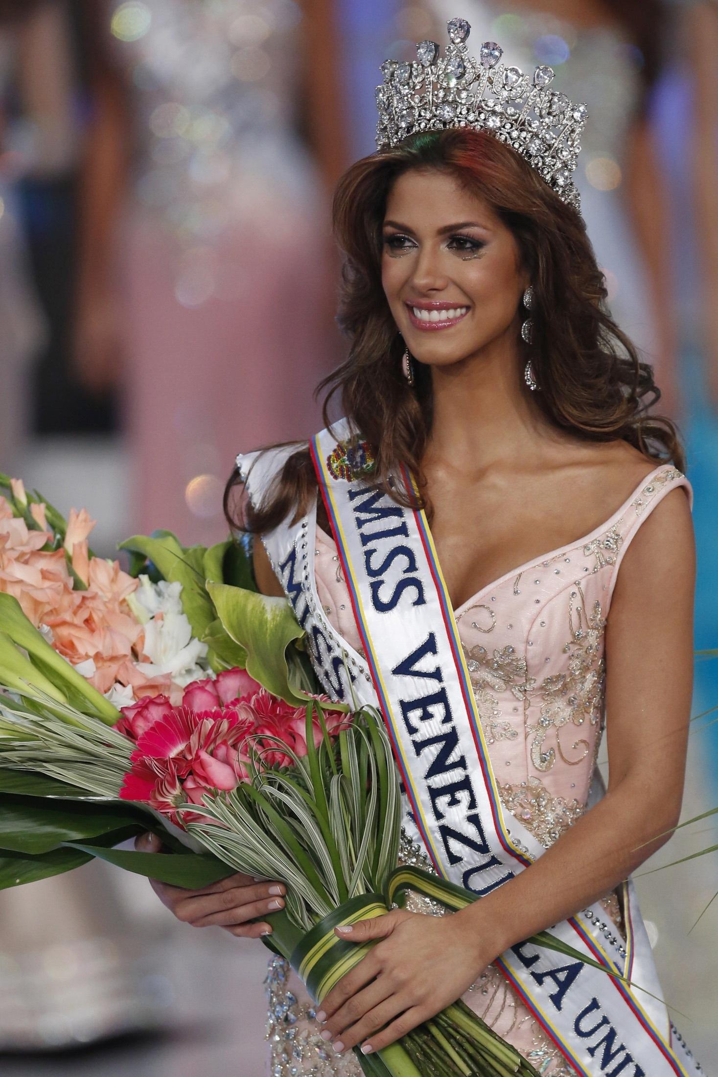 Chúc mừng người đẹp Mariana Jimenez!