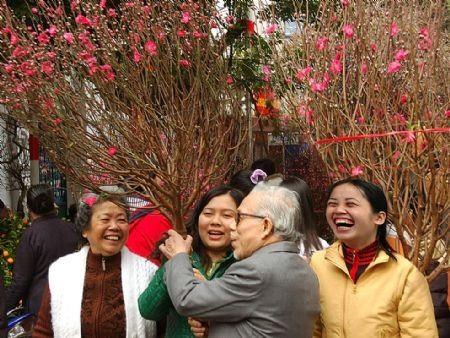 CPI tháng Tết tại Hà Nội, TPHCM đều dưới 1% - 1