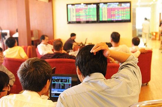 Dòng tiền ngoại tiếp tục đổ mạnh vào thị trường trước kỳ nghỉ Tết.