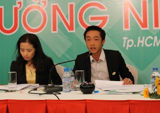 Ông Nguyễn Quốc Cường tại Đại hội cổ đông thường niên QCG năm 2012.