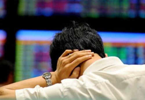 Sự thận trọng của bên mua khiến thanh khoản thị trường sụt giảm mạnh, các chỉ số cũng lao dốc theo