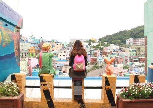 Gamcheon là điểm đến ấn tượng với các du khách nước ngoài.
