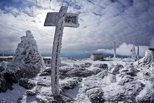 Quang cảnh lạnh lẽo buốt giá quanh năm