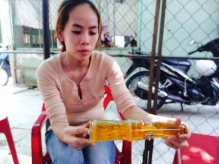 Chị Thư trình bày vụ việc với PV Dân trí ngày 13/2