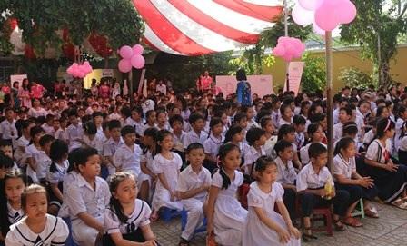 Đông đảo học sinh trường Tiểu học Hưng Lợi 2 tham gia sự kiện