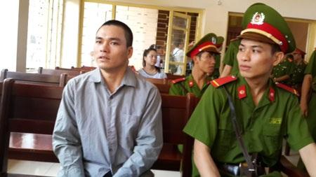 Bị cáo Lý Nguyễn Chung trong lần đầu tiên ra trước toà sơ thẩm tại Bắc Giang ngày 29/9.