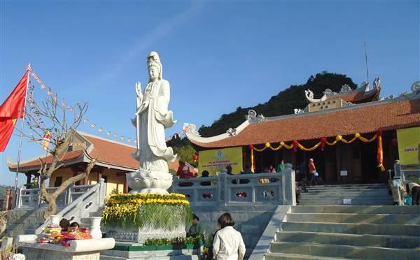 Đây là ngôi chùa đầu tiên nơi biên cương phía Bắc của Tổ quốc.