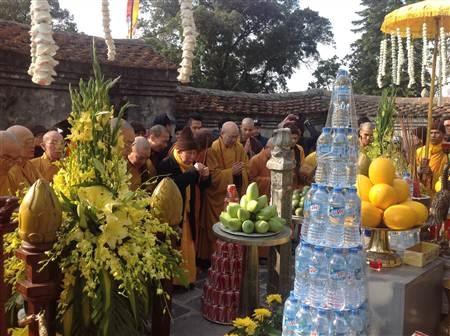 Nghi thức Phật giáo tưởng niệm ngày Đức vua Phật hoàng Trần Nhân Tông nhập niết bàn.