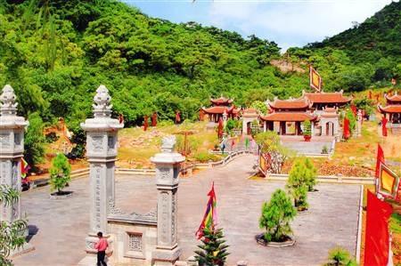 Khu di tích Quốc gia đặc biệt Côn Sơn - Kiếp Bạc.