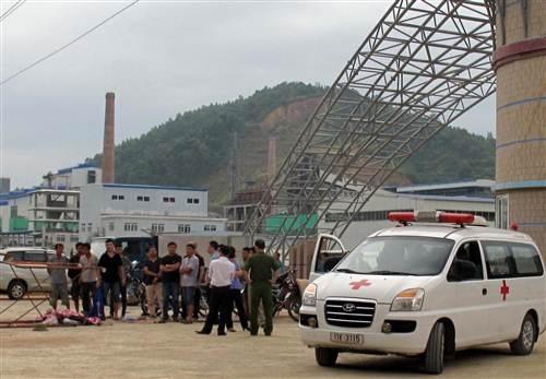 Các nạn nhân bị thương được đưa đi cấp cứu và điều trị tại Bệnh viện.