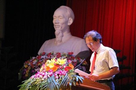 Ông Nguyễn Cảnh Thụy, PGĐ Sở VH-TT-DL Hà Tĩnh công bố thể lệ cuộc thi