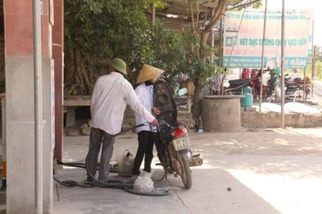 Mặc dù bị rút giấy phép nhưng nhiều năm qua đại lý xăng dầu Nam Hà vẫn ngang nhiên hoạt động