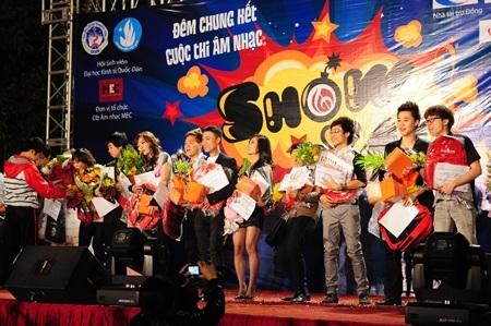 16 giọng ca SV bùng nổ với chung kết Show Ya!