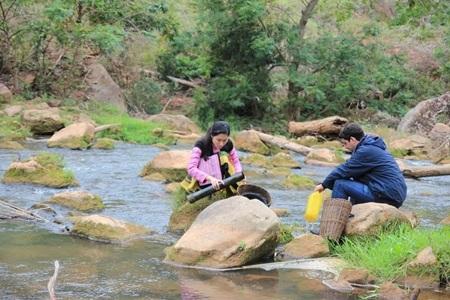 Cuộc sống người Mông tươi đẹp trên phim