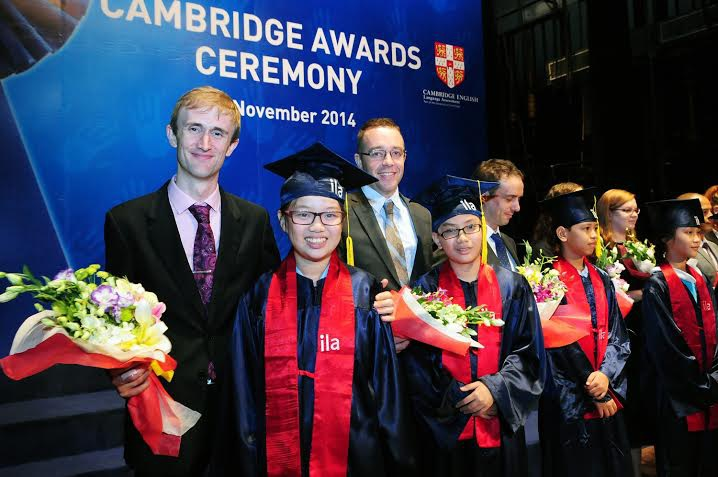 Chúc mừng học viên thứ 12.000 nhận chứng chỉ Anh ngữ quốc tế Cambridge English