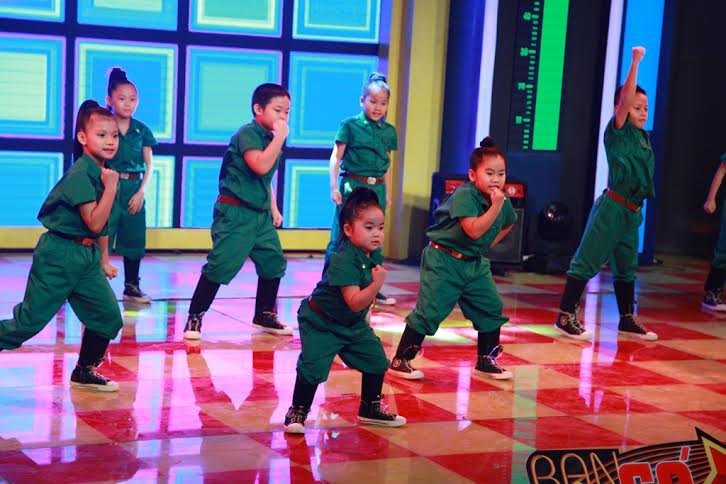 Các thiên thần nhí Candy Kids- đội đã từng vô địch 3 tuần liên tục.