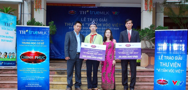 Trường THCS Hải Lăng - Quảng Trị nhận giải thư viện Vì Tầm Vóc Việt