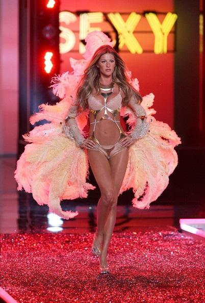 Victoria's Secret Fashion Show, November năm 2006