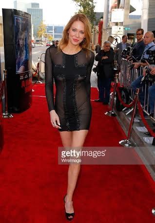 Ngắm sao Hollywood diện trang phục Quỳnh Paris