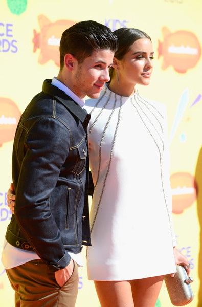 Nick Jonas và Olivia Culpo